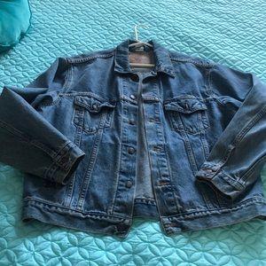 Levi's men's denim jacket L